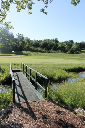 high friction golf course matting for bridges