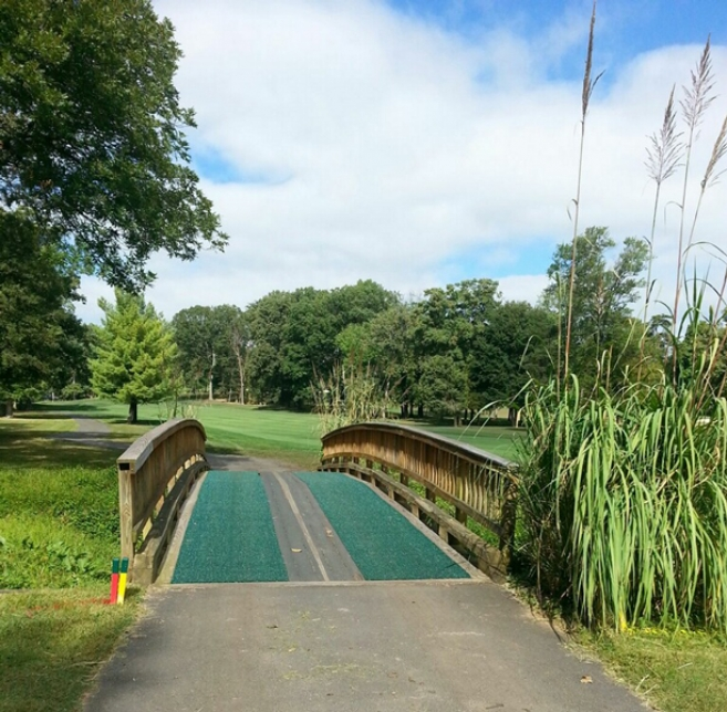 slip resistant golf matting for bridges